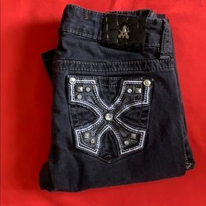 Antique Rivet Distressed Jeans
